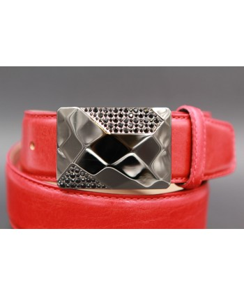 Leather red belt with elegant buckle set with black zircon - buckle detail