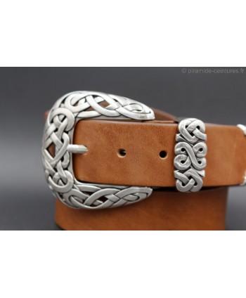 Large cognac leather belt toecap - buckle detail