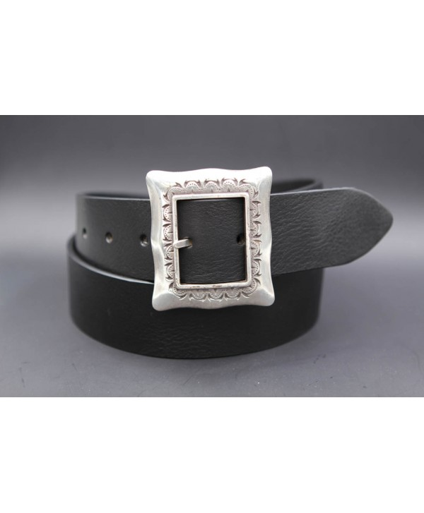 Large black belt with buckle frame style