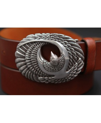 Large brown leather belt with brid buckle - buckle detail