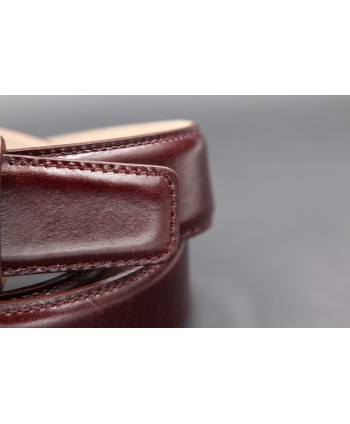 Purple smooth leather belt - detail