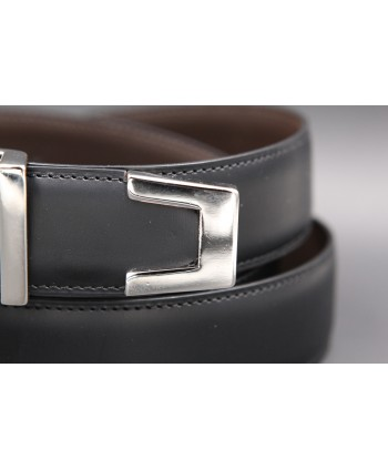 Black leather belt with square tip - detail