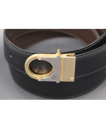 Reversible belt in black and brown leather, gold and nickel case - black side - detail