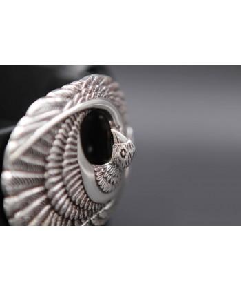 Ceinturon cuir boucle oiseau de proie - détail boucle