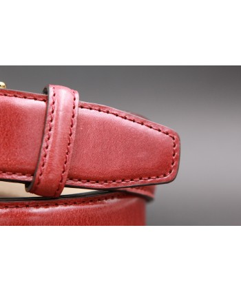 Burgundy smooth leather belt - detail