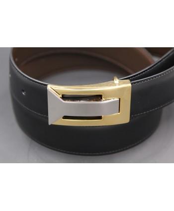 Ceinture réversible en cuir noir et marron boitier doré et nickel - côté noir - détail