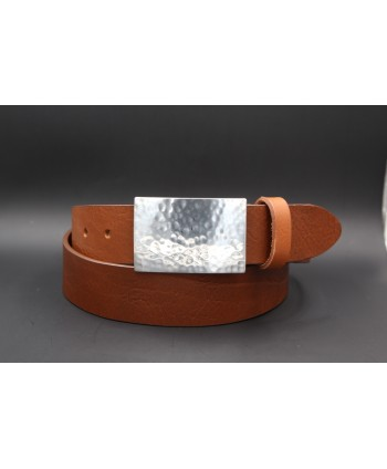 Brown large leather belt with hammered metal buckle