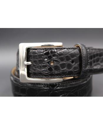 Ceinture en peau de crocodile noire - détail boucle