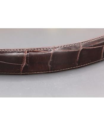 Ceinture en peau d'alligator chocolat largeur 30 - détail peau