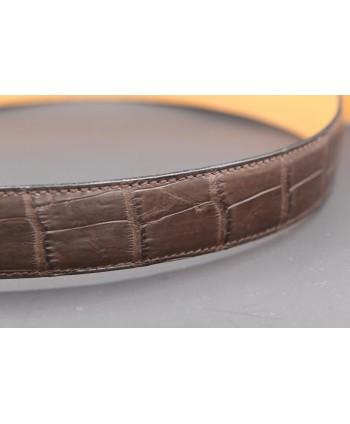 Belt in matt brown alligator skin - skin detail