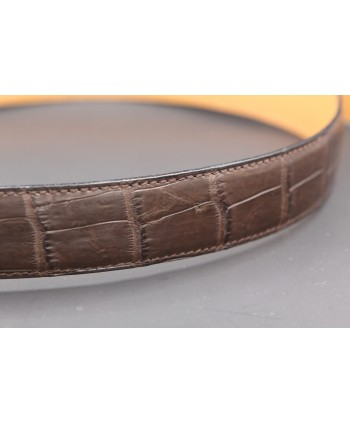 Ceinture en peau d'alligator marron mat - détail peau
