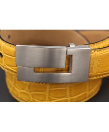 Yellow alligator skin belt - buckle detail