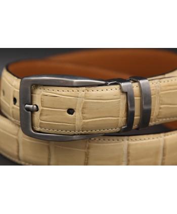 Beige alligator skin belt gun barrel buckle - buckle detail