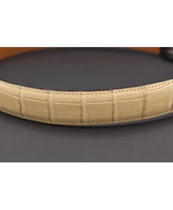 Beige alligator skin belt - skin detail